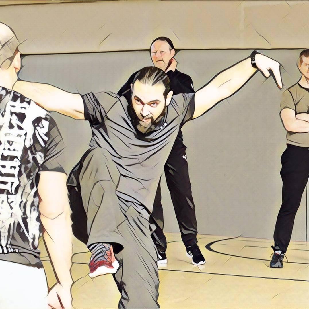 Linir Mizrahi Trainer Krav Maga Selbstverteidigung Fitness Karate Kid Young Black Lion
